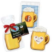 Gingerbread beer mug in different packaging