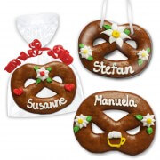 Bretzel made of gingerbread as an individual place card 12cm