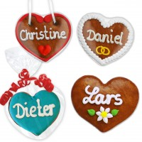 Gingerbread heart as a place card 8cm